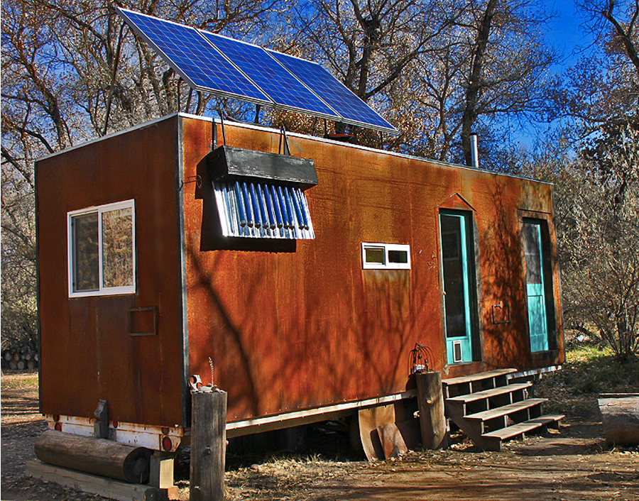 2www.tinyhouseswoon.com:steely-cottage