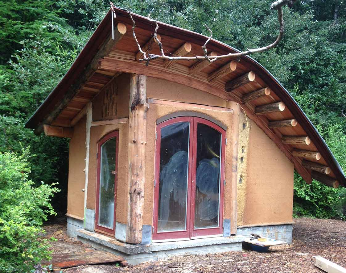 Massey Burkeu0027s Cob U0026 Timber Cabins In Mendocino County   The Shelter Blog