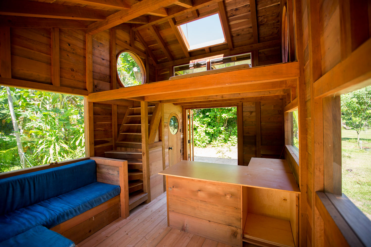Man Cave Fort Nelson : Jay nelson's new tiny house in hawaii the shelter blog