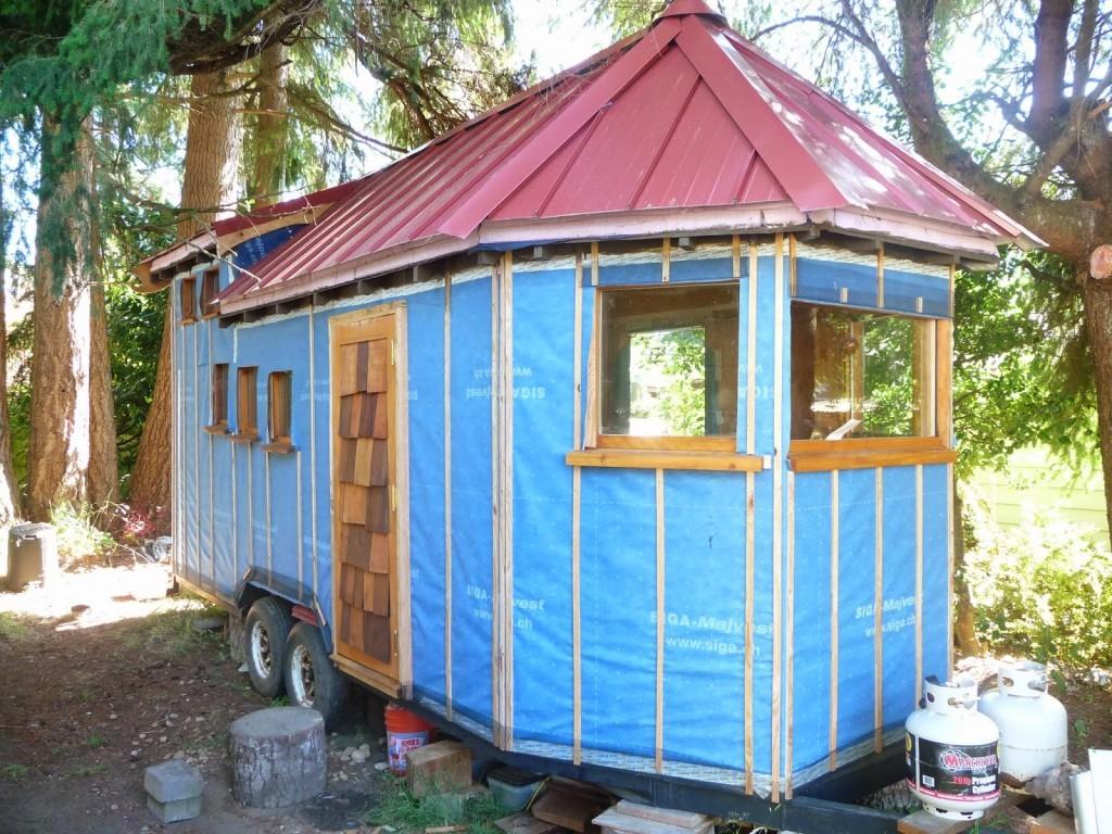 Travis Skinners Home on Wheels