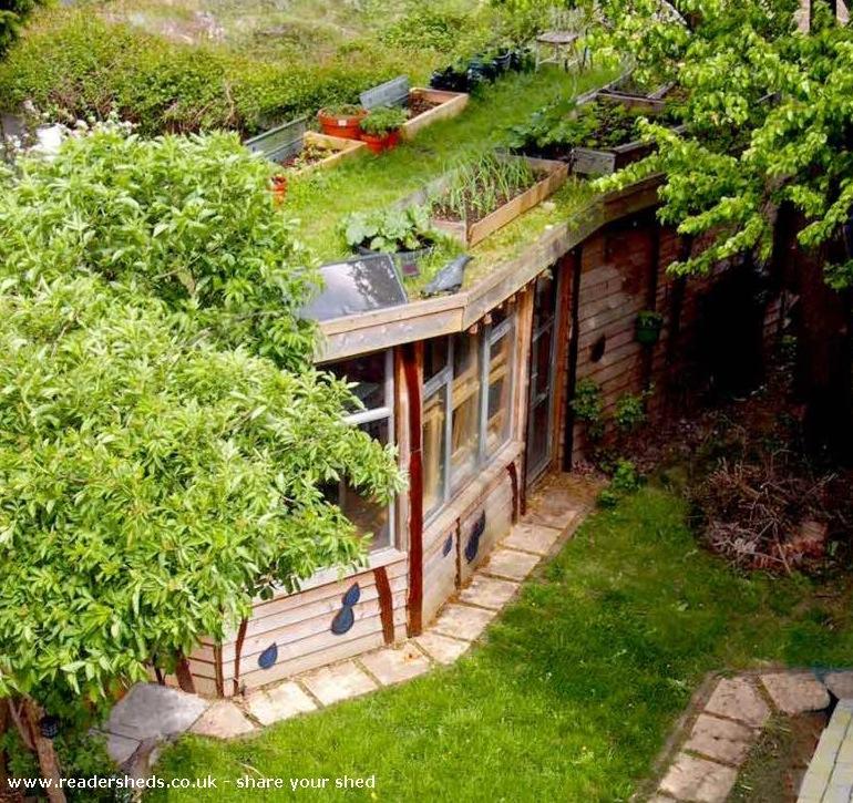 www.readersheds.co.uk:share.cfm?SHARESHED=4656
