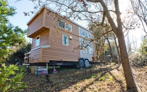 Alek Lisefski's tiny home