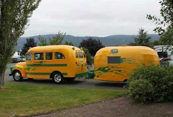 Ducks bus