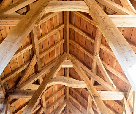 ceiling of timber frame barn in oregon under construction