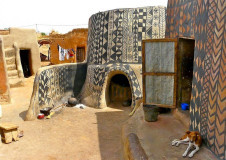Earth houses of Burkina Faso