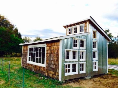 eco friendly two piece tiny home for sale in wa the shelter blog. Black Bedroom Furniture Sets. Home Design Ideas