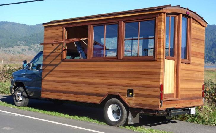 Bobby S Mobile Art Cart The Shelter Blog