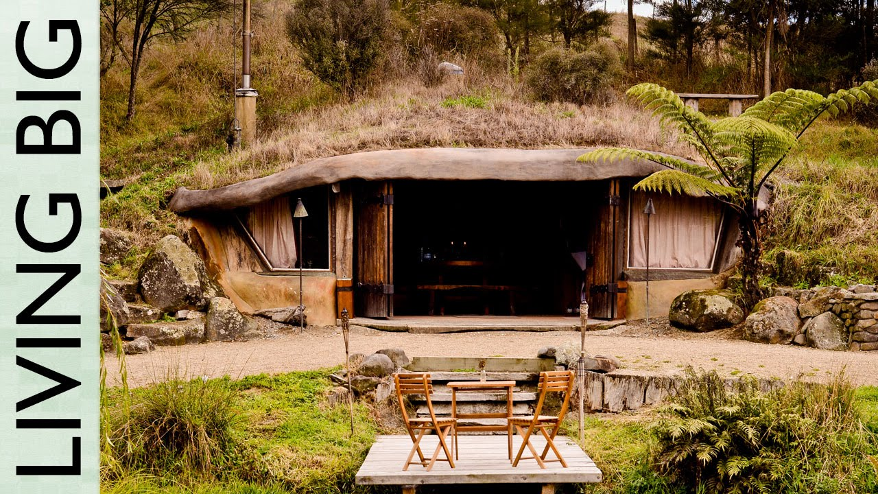 Magical hobbit like eco cave house the shelter blog for Building a house in arizona