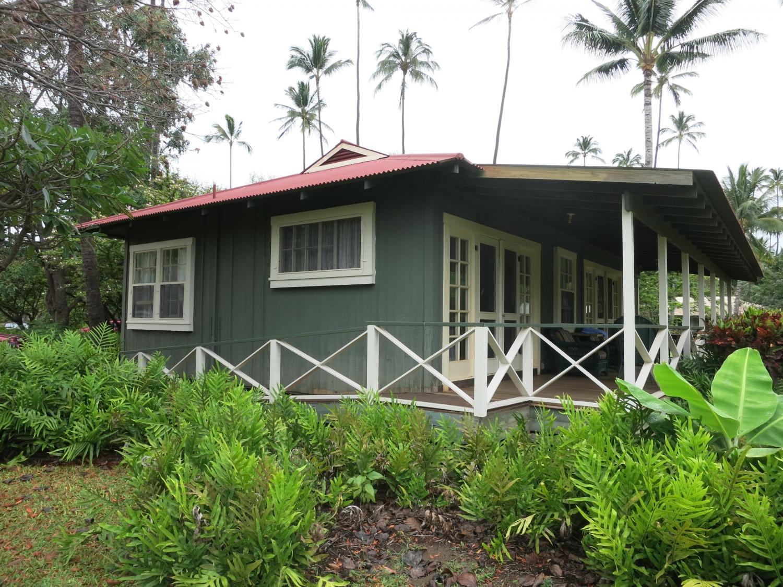 ^ More Beautiful Buildings of Kauai - he Shelter Blog