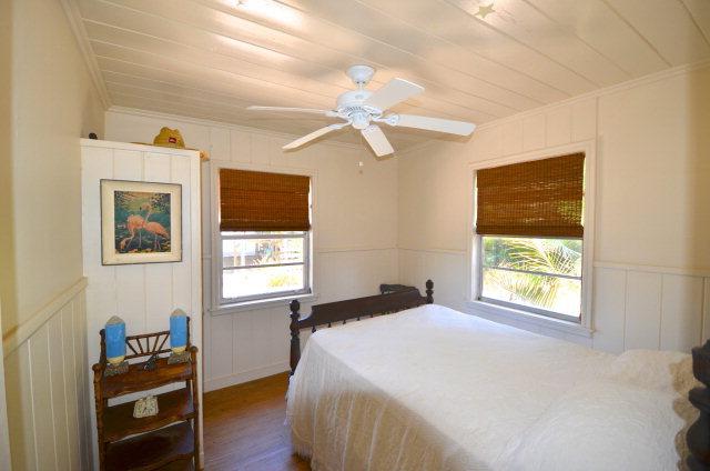 cedar-bedroom