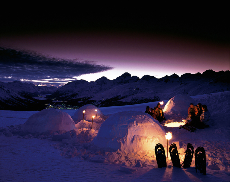 BX201P Igloo night at night tourist mountains Alps snow winter spending night tourism Engadine igloo village on Mu