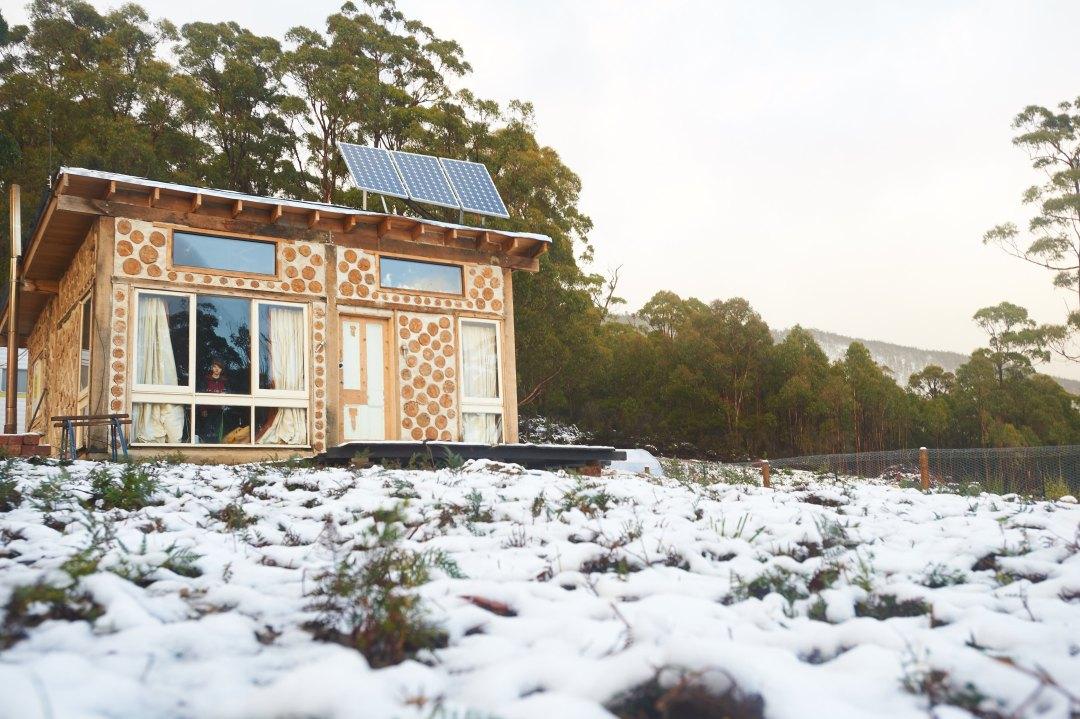 Cabin-in-Snow_2299