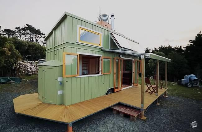 jeff-hobbs-tiny-house-13.png.650x0_q70_crop-smart