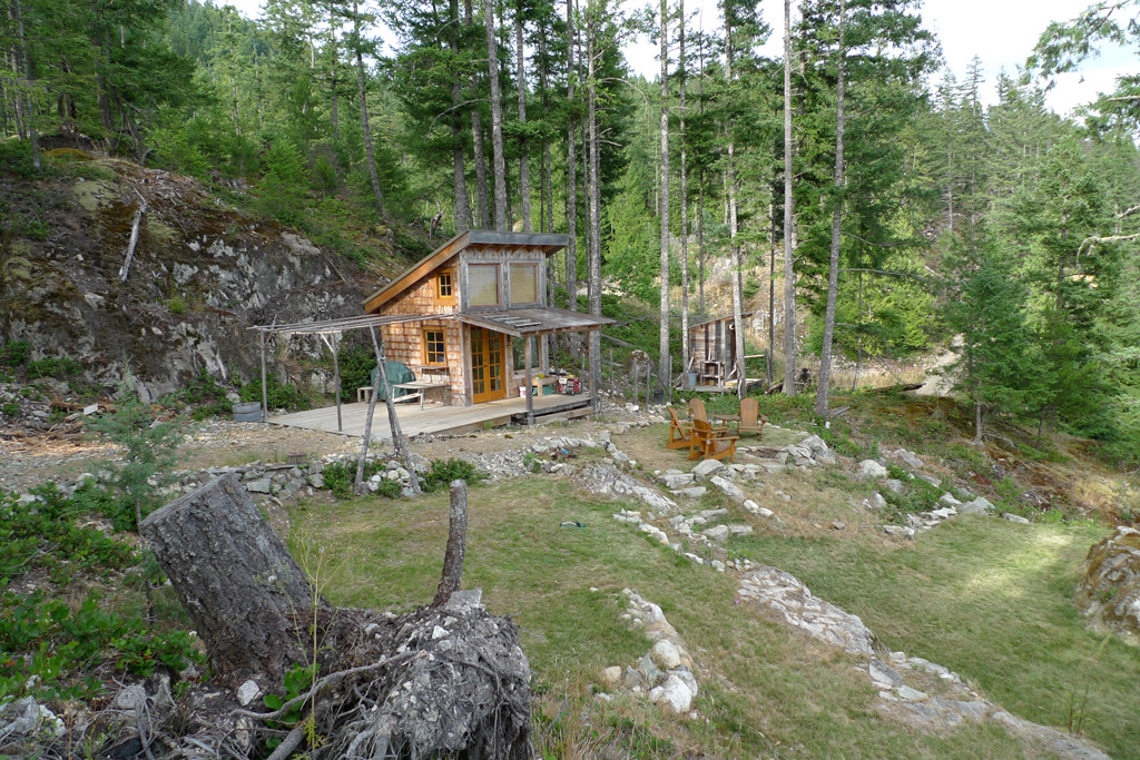 Off Grid Tiny Cabin For Sale Near Vancouver Bc The