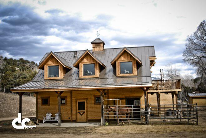 taos-nm-barn-living-quarters-14