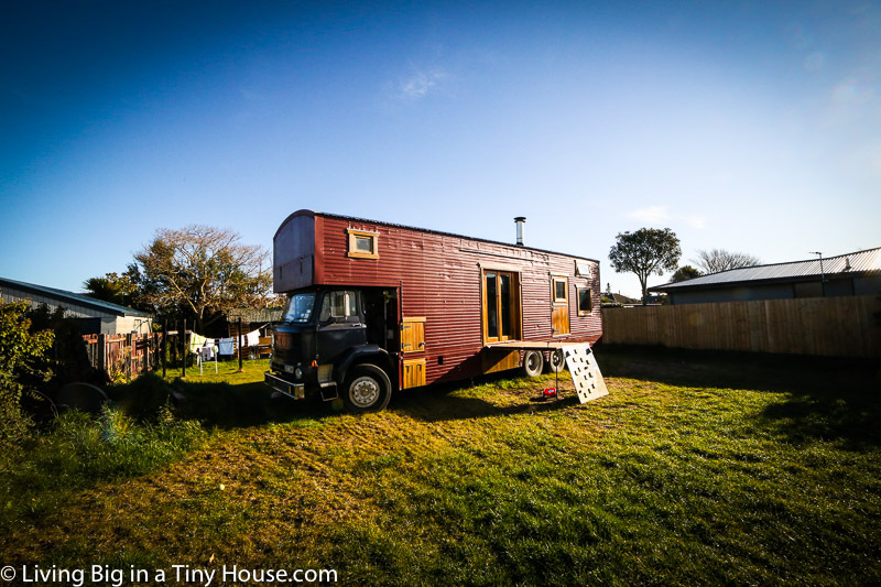 house-truck-exterior-1-of-1