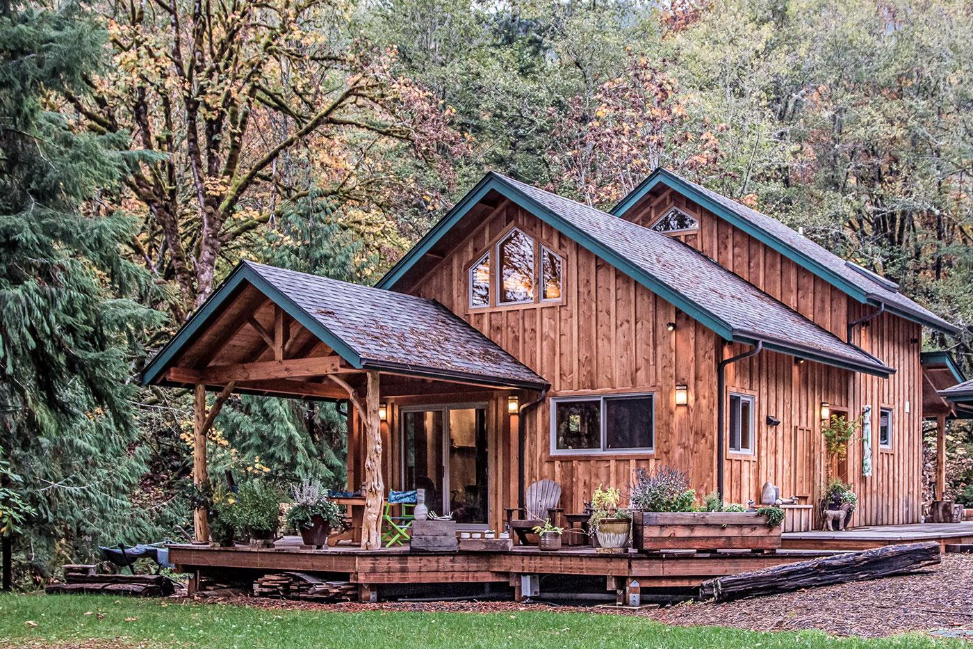 Scott McClure's Timber Cabin   The Shelter Blog